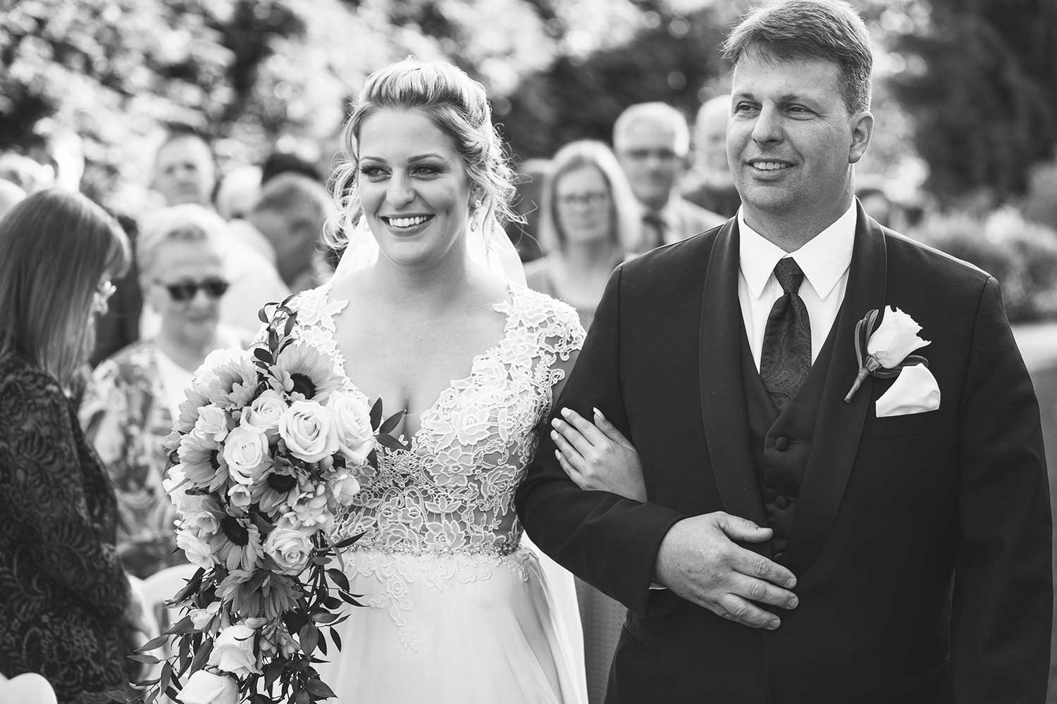 Bride and her father at Manor House at Commonwealth