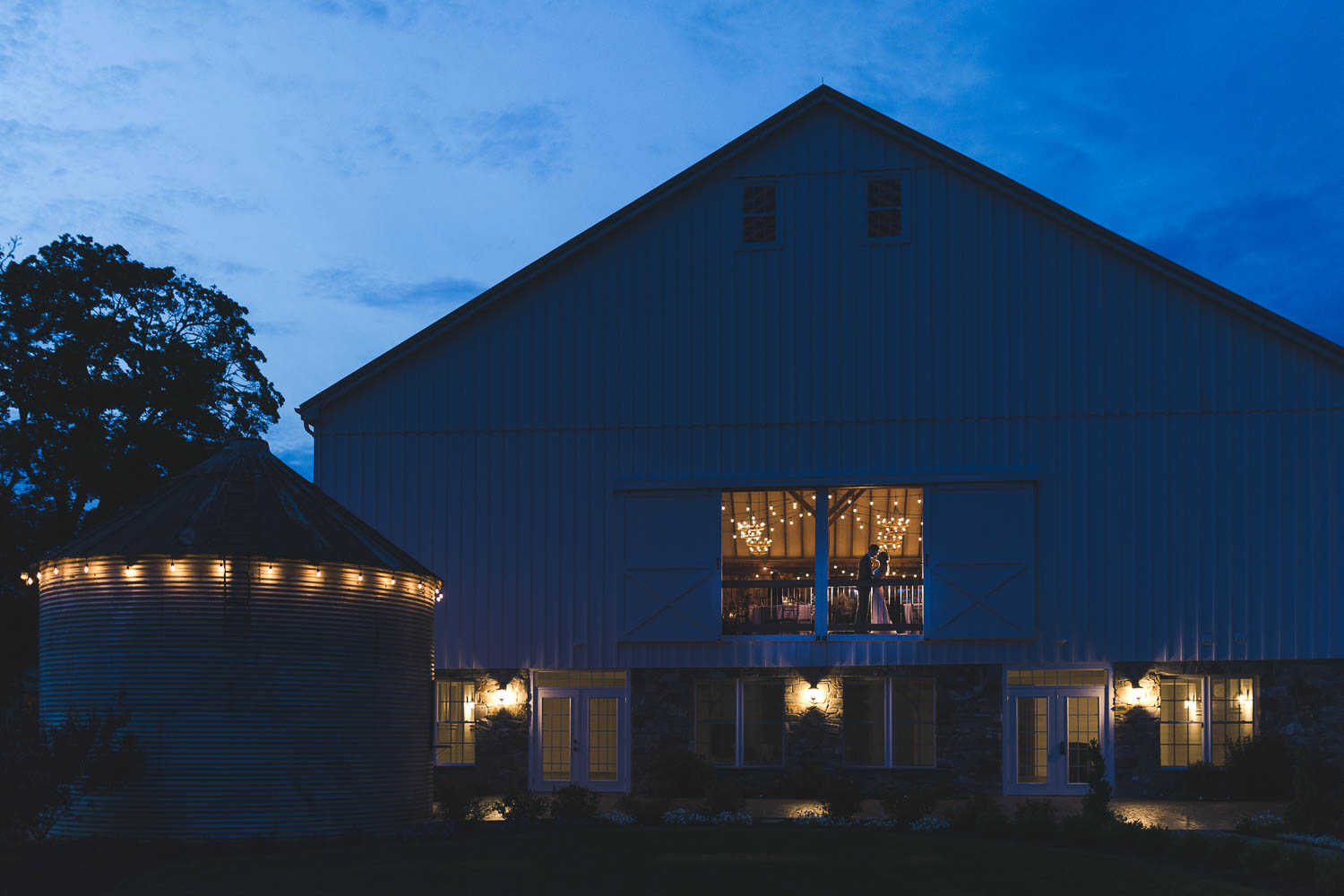 Night Time Wedding Photo from the Barn at Stoneybrooke