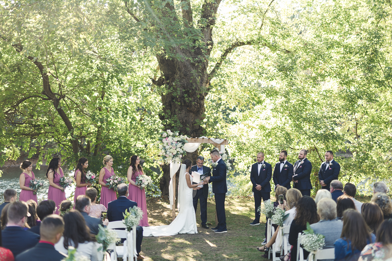 Wide shot of Riverdale Manor Wedding Ceremony